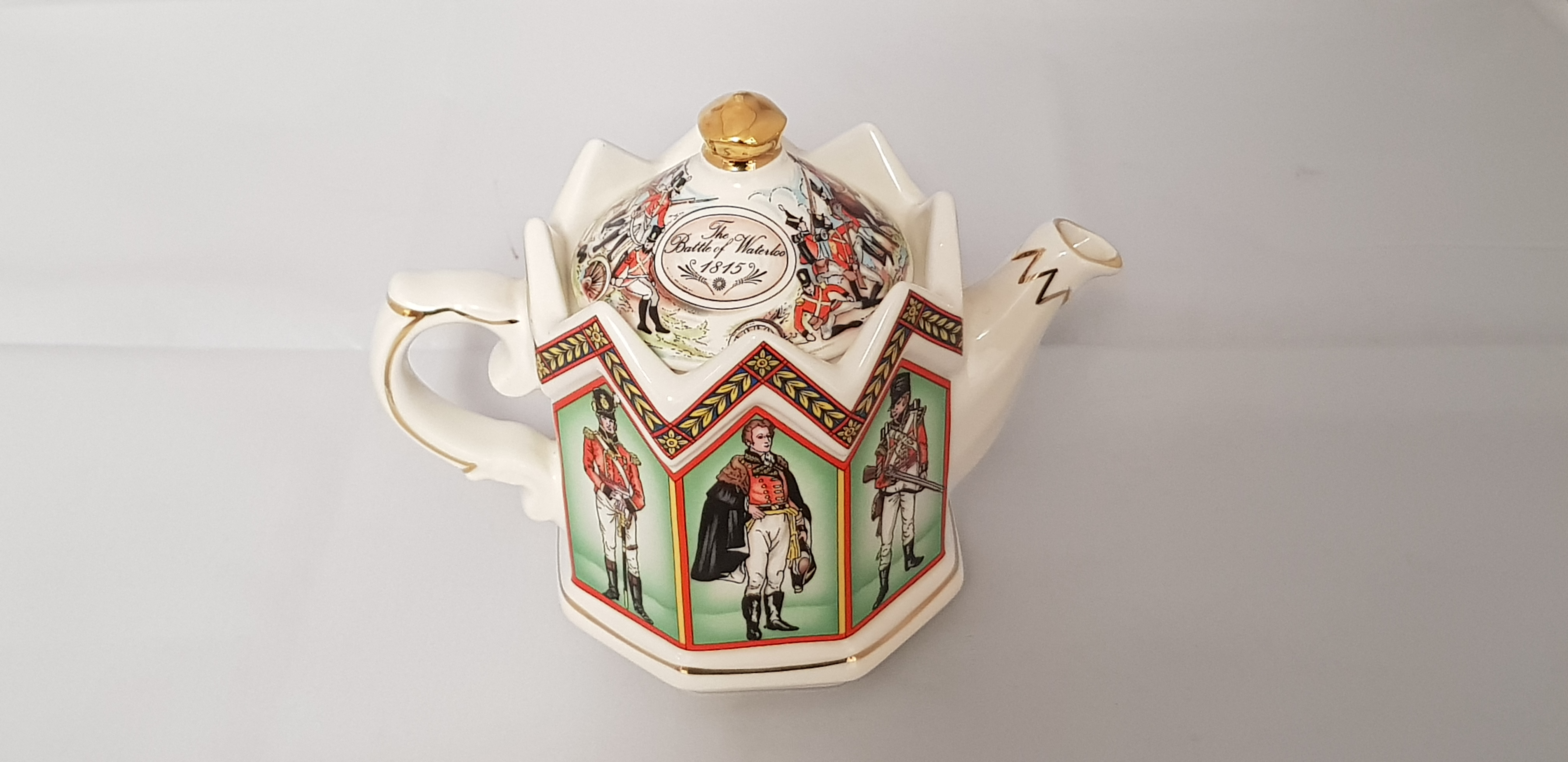 Sadler Duke of Wellington Teapot